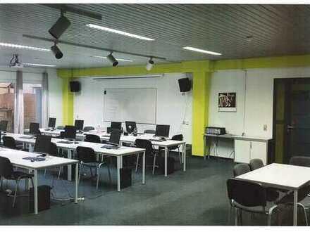 250 m² Büroräume auf einer Ebene