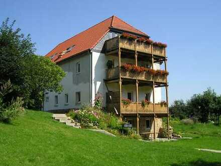 Noschkowitz b.Ostrau (LK Döbeln) sonnige 3-R-OG Whg. m.Balkon, Garten u.Carport i.Grünen (4 km z.AB)