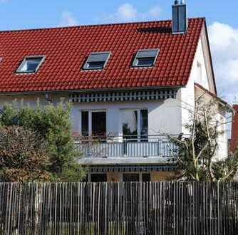 Helle, geräumige Doppelhaushälfte in schöner Lage, modernisiert