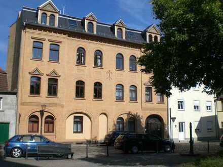 +++Traumhaft schöne 3-R. Whg. in Delitzscher Altstadt- Balkon, große Dachterrasse, Tageslichtbad!+++