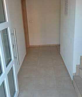 Neuwertige 5-Zimmer-Maisonette-Wohnung mit Balkon in Mühldorf am Inn