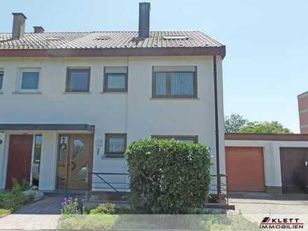 *Für die Familie* Schöne Doppelhaushälfte mit Terrasse, Garten, Garage, u.v.m.