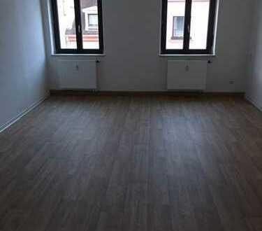 Leben im Zentrum von Oelsnitz - große 2 Zimmer-Wohnung!