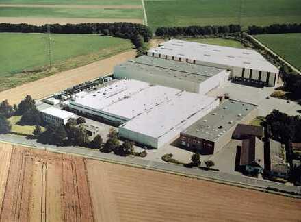 Ehemalige Fabrik mit Lagerhallen und Produktion in Rheinbach