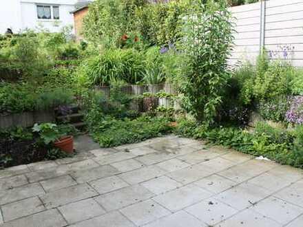 SONNIG *** HELL *** 3 Zi mit Garten, Garage und Hobbyraum