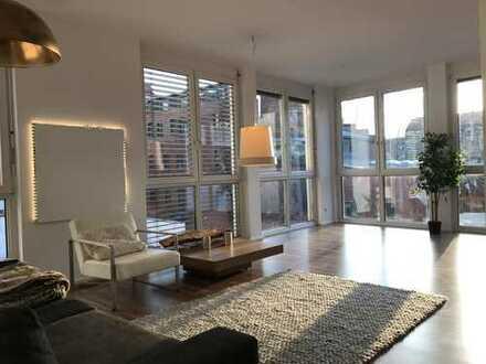 Hübsche, freie 3 -Zimmer-Wohnung Karl-Liebknecht-Straße Zentrum Süd. ruhig, hell. Stellplatz incl.