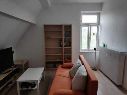 Attraktive 2-Zimmer-Dachgeschosswohnung auf der Lütticher Straße