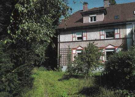 *** reserviert *** Verwunschenes, ruhiges Haus mit acht Zimmern in der Rosenheimer Innenstadt