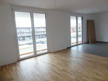 Neubau! Großzügige & helle 4-Zimmer Wohnung mit sonniger Loggia (Parkett, 2.OG, Lift, TG) WE42