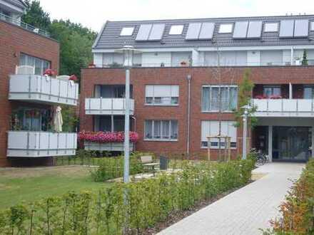 Helle 2 Zimmer Wohnung mit großem Balkon