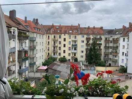 Solide Kapitalanlage ... Vermietete 3 Zimmer- Wohnung mit Balkon ...