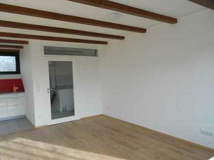 Helle 3-Zimmer-Wohnung mit Balkon und Einbauküche in Ramersdorf, München