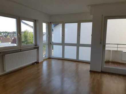 Helle & geräumige 4-Zimmer-Wohnung mit Balkon in Bad Bergzabern
