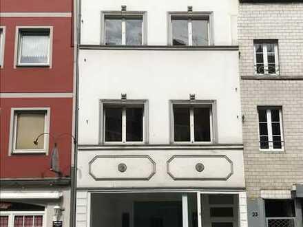 Modernisiertes Wohn- und Geschäftshaus zur Eigennutzung in der Neusser Innenstadt