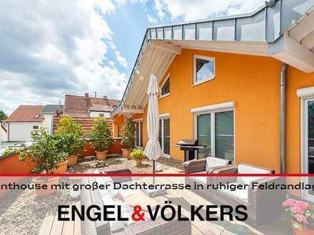 Penthouse mit großer Dachterrasse in ruhiger Feldrandlage in FRKTHL!