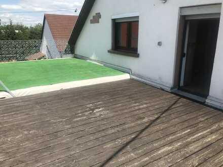 Schöne Wohnung mit Balkon in ruhiger Lage in NK Kohlhof