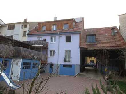 Neuwertige (2012) und geräumige 3 Zi-DG Wohnung in PF-Eutingen ab 01.12. zu vermieten