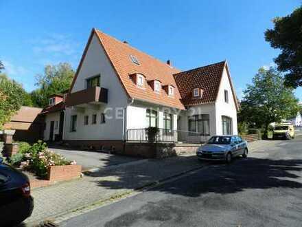 Großes Ein-/ Zweifamilienhaus in Bad Salzdetfurth