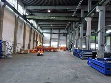 Produktions /Lagerfläche mit Kranbahnen, nähe A8 zu vermieten!