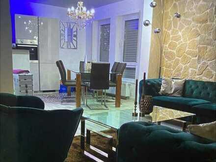 Vollständig renovierte 2-Zimmer-Wohnung mit Einbauküche in Biblis