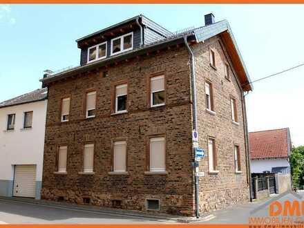 Wieso eine Wohnung wenn es auch ein Haus sein kann! Renov. u San. EFH m Hof u Stellfl.