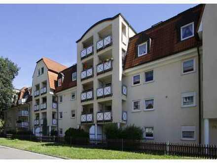 1-Zi-Dachgeschoss-Wohnung direkt am Schwanenteich! Stellplatz möglich!