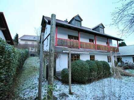 E & Co. - Großzügiges Einfamilienhaus mit schönem Garten - ruhig und grün gelegen nahe Landshut.