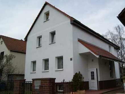 Großes Mehrfamilienhaus in bester Lage, 10 Zimmer + 40 m² Nutzfläche