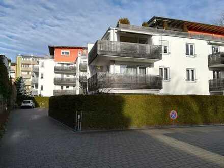 **Verfügbar**Exklusive 3-Zimmer Wohnung mit teilweisem Bergblick im Herzen von Rosenheim