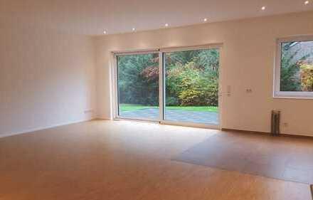 Wohnen in bester Lage! Erdgeschosswohnung mit Terrasse, eigenem Eingang und hochwertiger Ausstattung