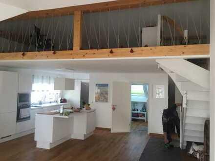 Schöne 2-Zimmer-Wohnung mit Balkon und Einbauküche in Ludwigshafen am Rhein