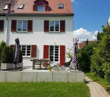 RARITÄT-Schönes Haus mit 5 Zimmern in Stuttgart, Degerloch direkt am Naherholungsgebiet Ramsbachtal
