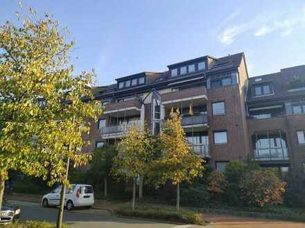 Modernisierte 3-Raum-Wohnung mit Balkon und Einbauküche in Langenhagen