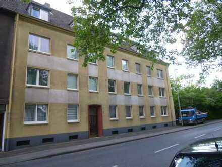 Gepflegte Mehrfamilienhäuser mit 14 Wohneinheiten in Duisburg-Meiderich
