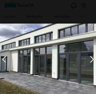 Stilvolle, geräumige 4-Zimmer-EG-Wohnung mit Garten in Elstal