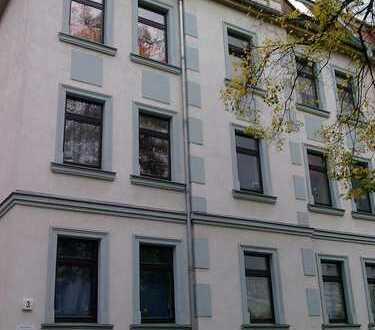 Großzügige 4-Raumwohnung mit großem sonnigen Balkon