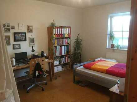 2 freie Zimmer in WG in großem Haus mit Garten