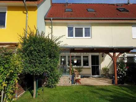 Ein wahres Raumwunder für die junge Familie - Reihenhaus in Rüdersdorf