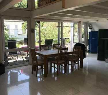 Gepflegte 3-Zimmer-Terrassenwohnung und Einbauküche in Memmingen