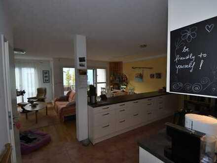 Barrierefreie 4,5-Zimmer-Wohnung mit Balkon und Einbauküche in zentraler Lage von Radolfzell