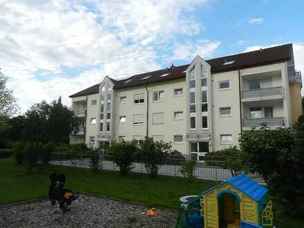 Geräumige, Helle 2-Zimmerwohnung in Freiburg