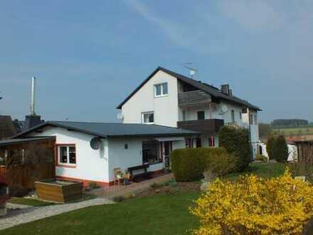 Helle Dachgeschosswohnung zu verkaufen