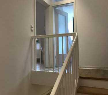 Helle, neuwertige 2-Zimmer-Wohnung in Innenstadtlage von Bad Dürkheim
