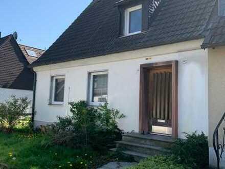 Doppelhaushälfte mit viel Potenzial in Essen-Katernberg