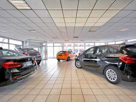 Autohaus mit Showroom, Verkaufsbüro und 30 Parkplätzen