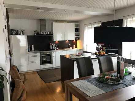 Top ausgesattete 4,5 Zimmer Wohnung in Weil der Stadt-Schafhausen