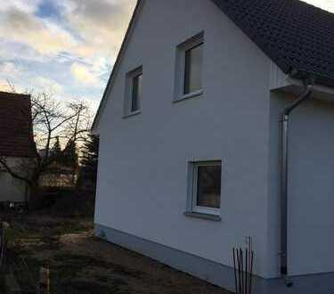 großes Haus mit Garten zur Miete in Bernau