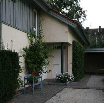 Modernisierte 2-Zimmer-DG-Wohnung mit Balkon in Rheine / Bentlage