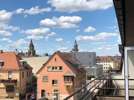 Möblierte 2- Zimmer Wohnung mit Blick auf Heilbronner Innenstadt