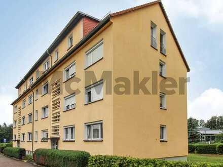 Ruhig und gut angebunden: Bewohnte 3-Zi.-Wohnung mit Balkon und Stellplatz in Bobritzsch-Hilbersdorf